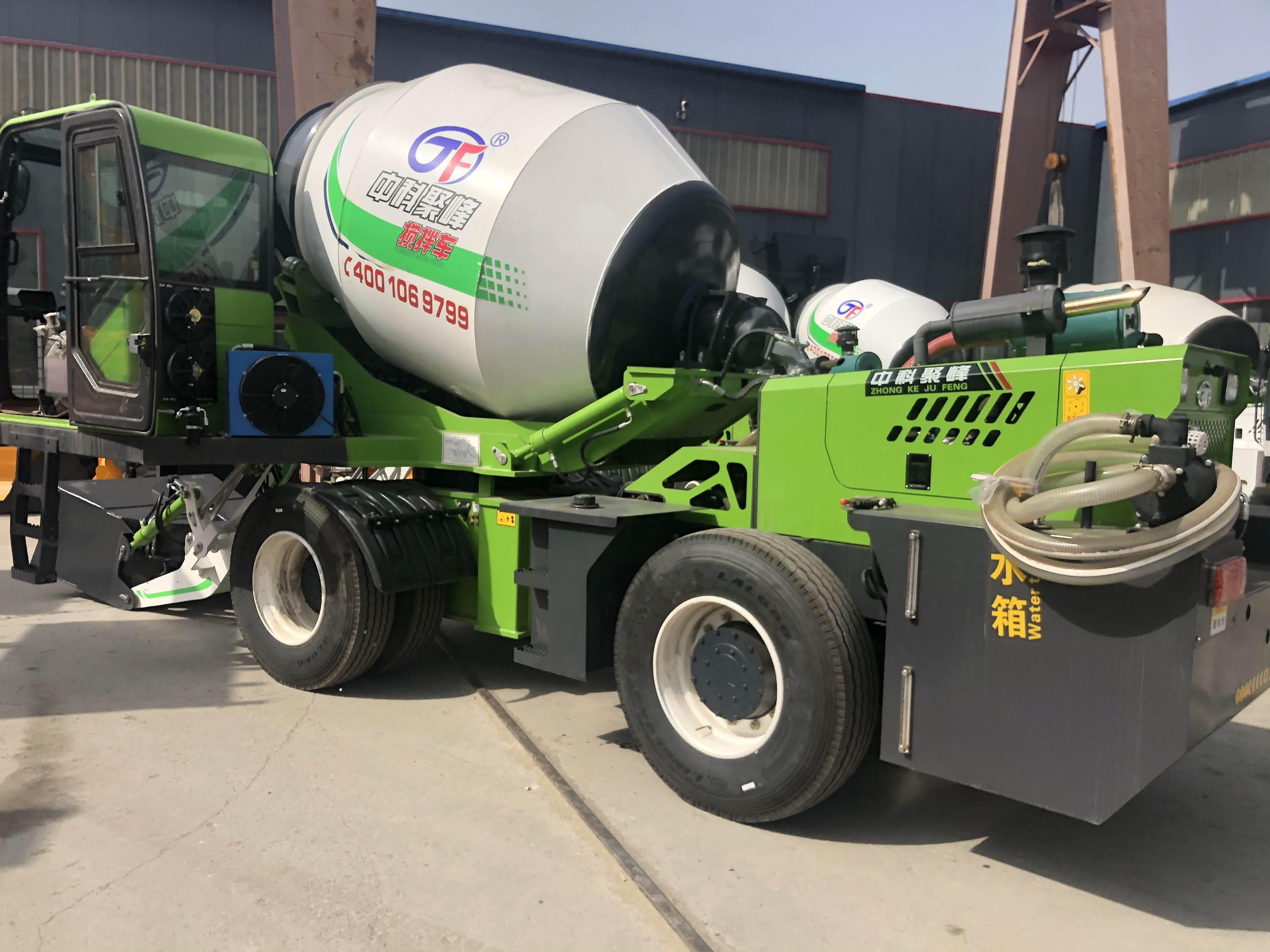 <b>自动上料混凝土搅拌车在工程施工的流程</b>